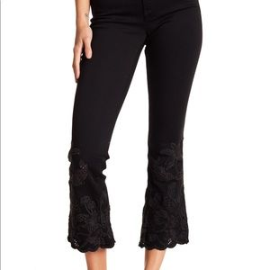 Wide leg crop jeans floral embroidery